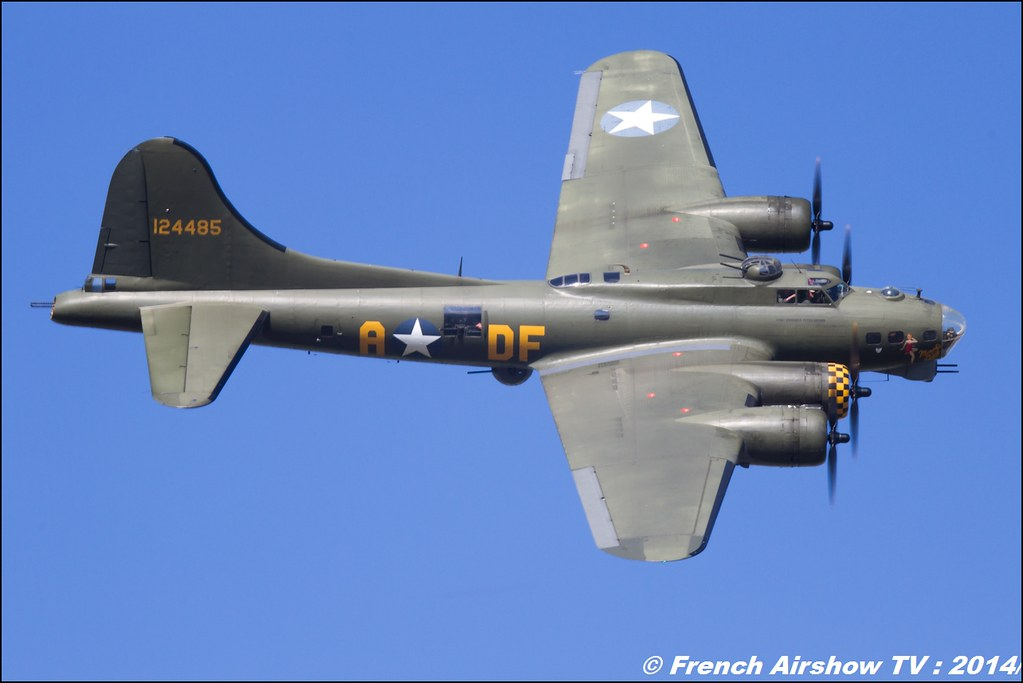 Boeing B-17G Flying Fortress Sally B N3703G Memphis Belle - 124485 AIR14 Payerne 2014 Canon Sigma France contemporary lens