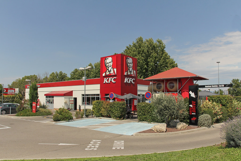 kfc avignon le pontet france one of the 166 mcdonald 39 s r flickr. Black Bedroom Furniture Sets. Home Design Ideas