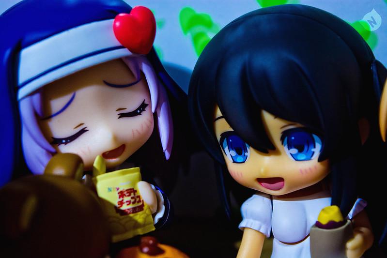 Takiyama Maria: Nyaaa~ Hana Mutou: uh-uh!