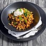 Linsen-Spitzkohl-Gericht mit (Basmati)reis