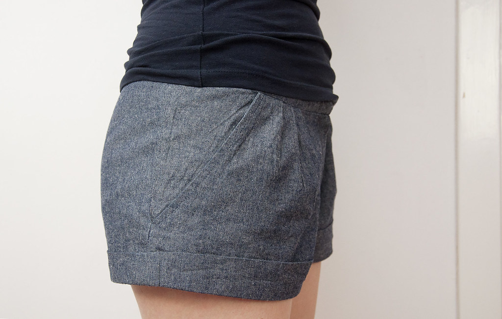 Burdastyle chambray shorts