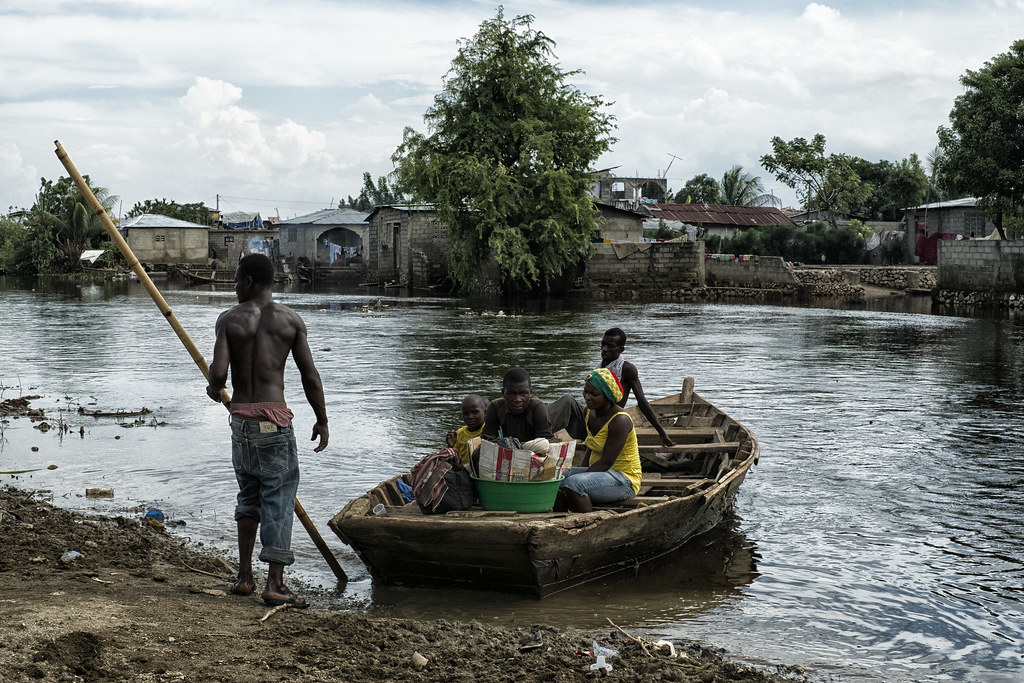 Boat Shelter Flood : Thousands displaced due to flooding in cap haïtien haiti