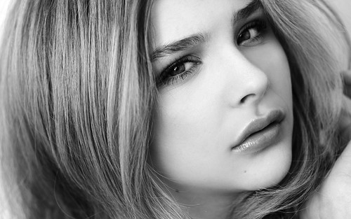 Chloe Grace Moretz Pictures Gallery