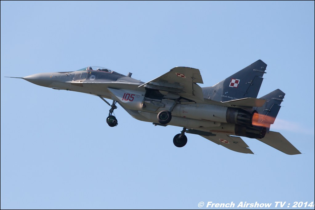 Polish Air Force MiG-29 Solo Display Team , AIR14 Payerne , suisse , weekend 1 , AIR14 airshow , meeting aerien 2014 , Airshow