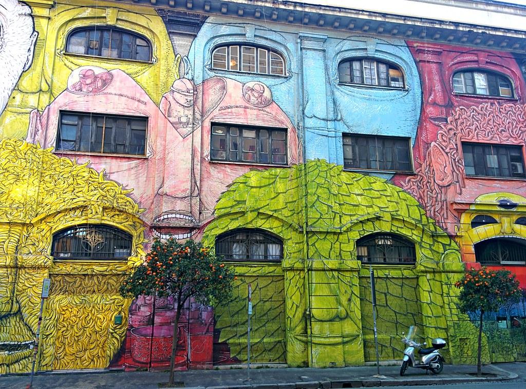 Blun maalaama talo Ostiensessa