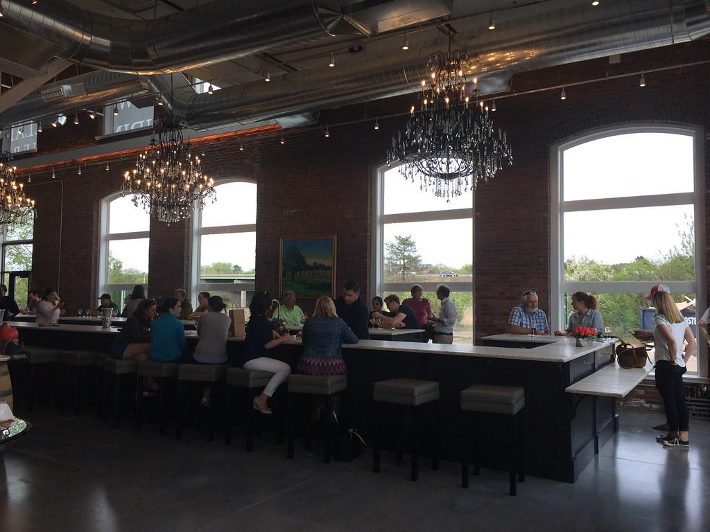 Cellardoor Winery Tasting Room at Thompsonu0027s Point & The Blueberry Files: Cellardoor Winery Tasting Room at Thompsonu0027s Point