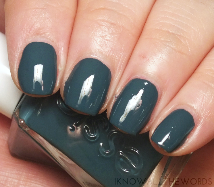 essie gel couture off duty style
