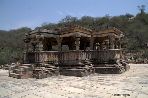 Flat roof Lord Vishnu Temple at entrance Bateshwar group Temples