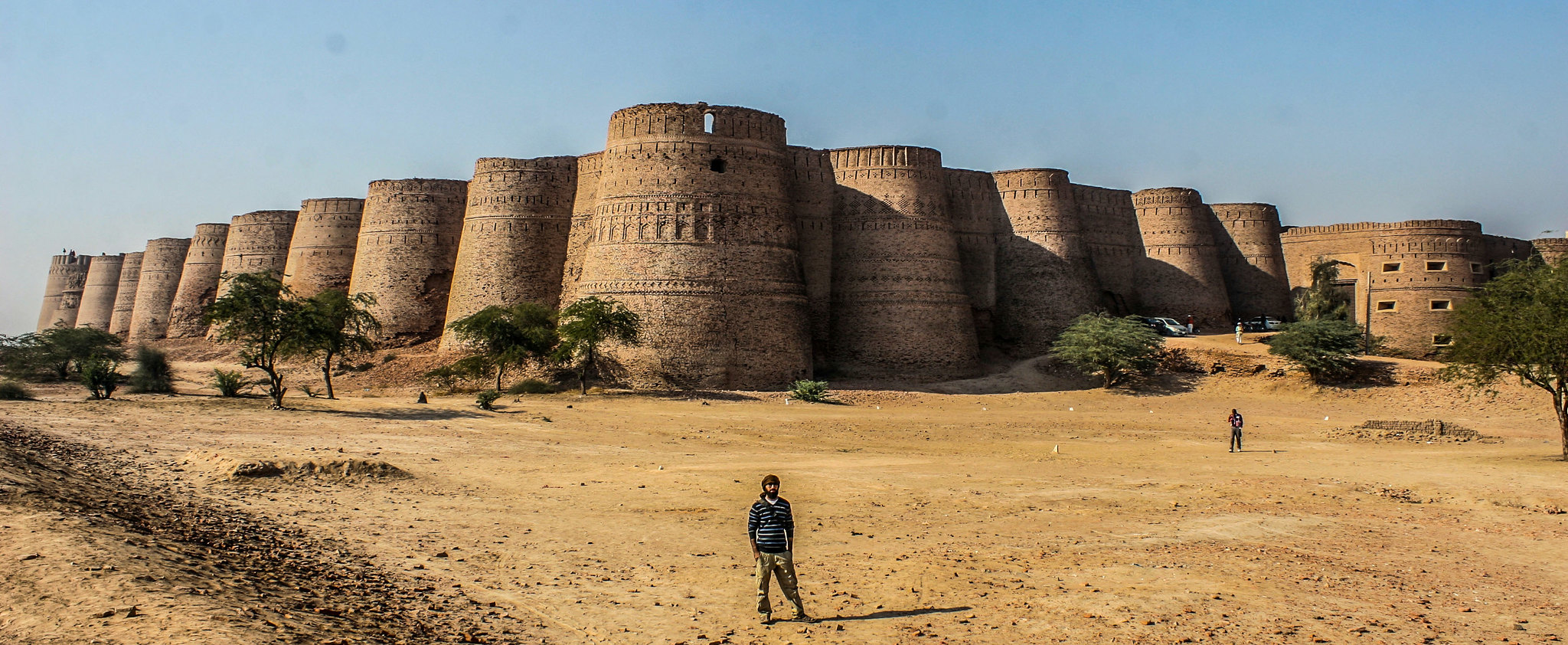 Derawar Fort Cholistan, Punjab Pakistan | Source: Reddit