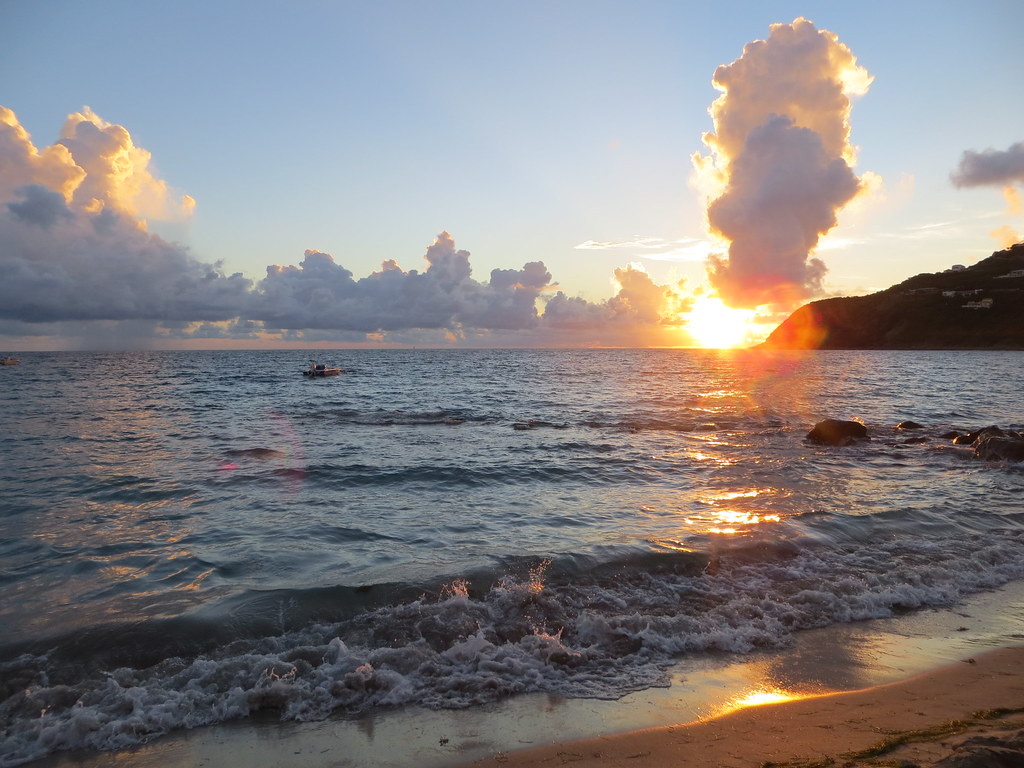 Divi Little Bay Beach Resortdolphin Beach Resort