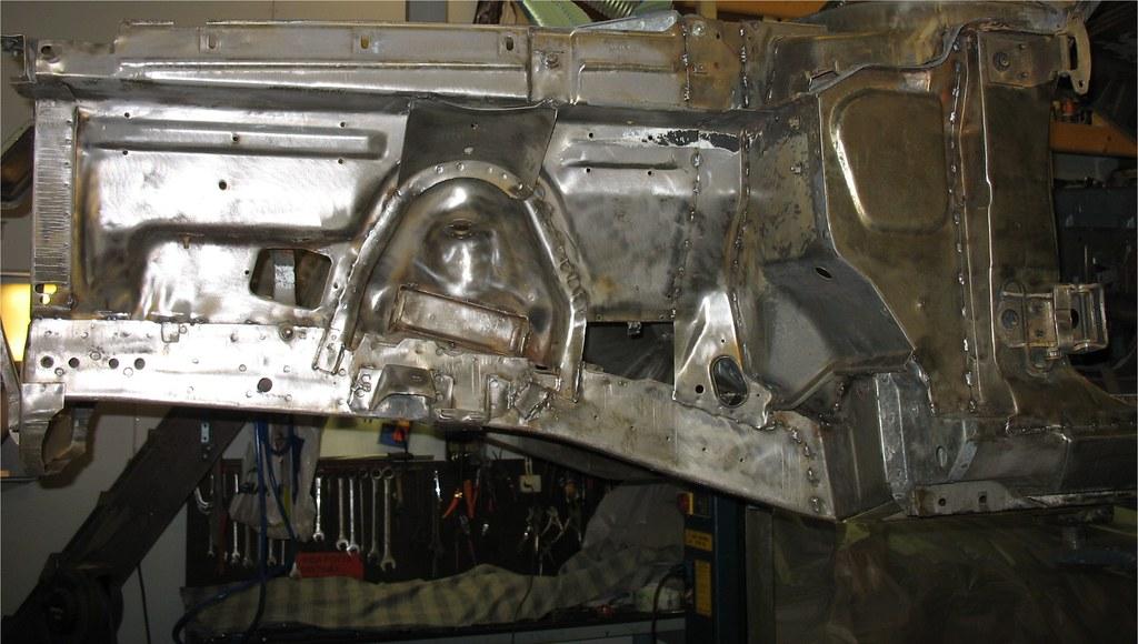"MikkoV garage:  Charger SRT8 -70,  Manta A 2800S, Camaro RS -70 ""drift"", W212, Pontiac Tempest jne. 16029050809_97d9ae1050_b"