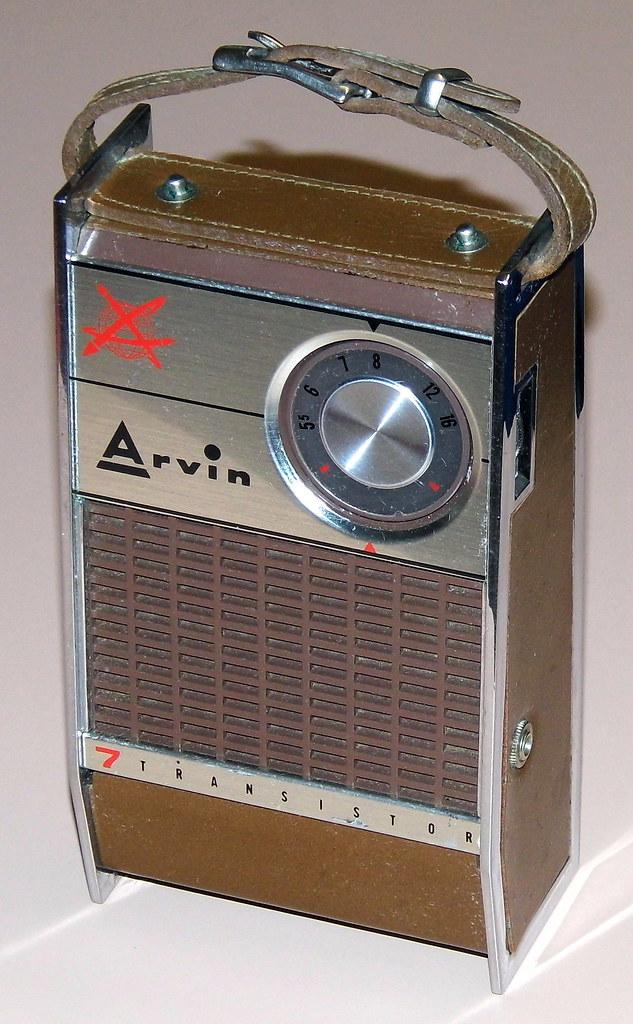 Vintage Arvin 7 Transi...