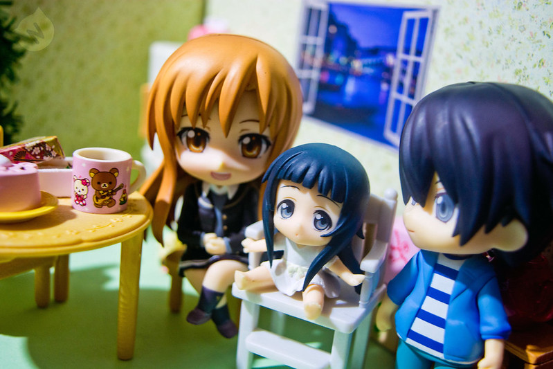 Kirigaya family, Kirito and Asuna playing with little Yui :)