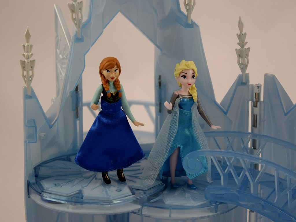 Elsa Musical Ice Castle Playset Us Disney Store Purchase