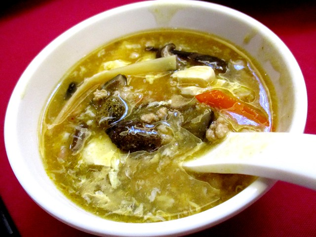 Ming Mei Shi hot & sour soup