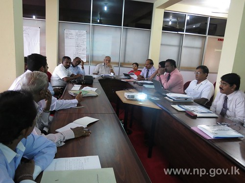 Progress review meeting held – 31 October 2014