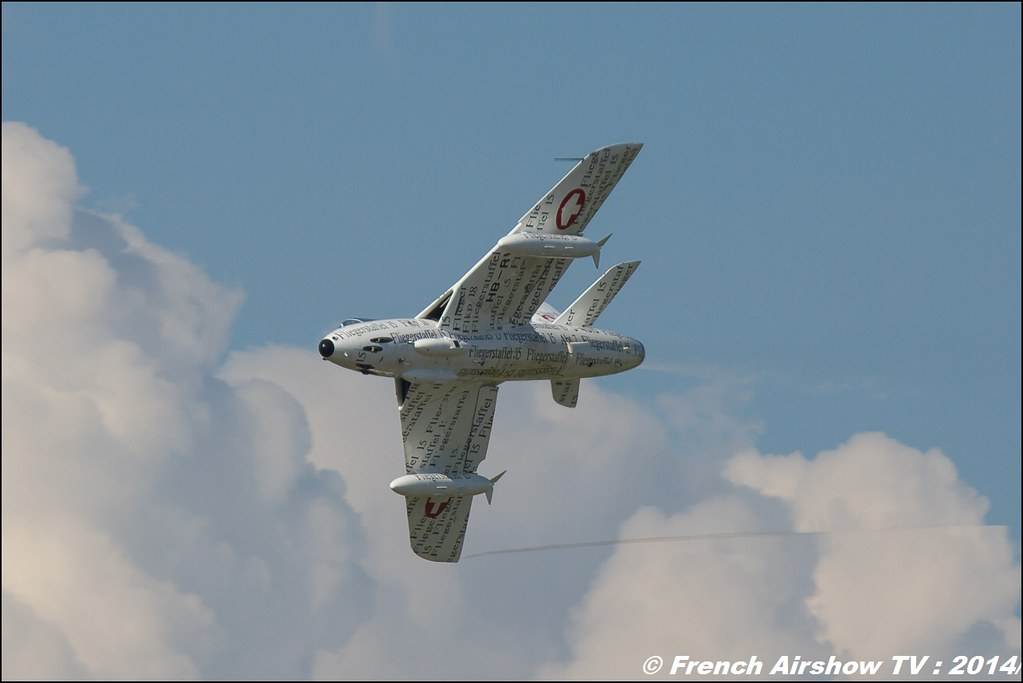 Hawker Hunter T.MK.58 J-4015 Papyrus AIR14 Payerne 2014 Canon Sigma France contemporary lens