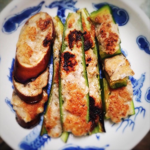 Three Fried Stuffed Treasures, three treasures, street snack, Hong Kong, recipe, eggplant, bitter melon, long chili,guangdong, macau, shunde, fish paste, dace,   煎釀三寶, 苦瓜, 尖椒, 茄子
