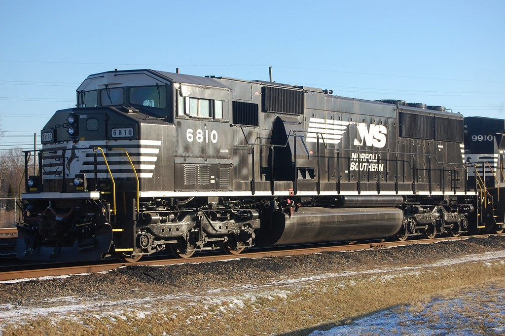 norfolk southern triclops sd60m 6810 purchased recently