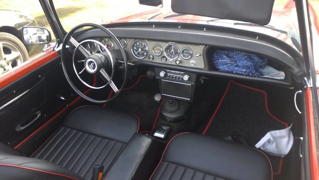 Sunbeam Alpine  Dashboard And Interior