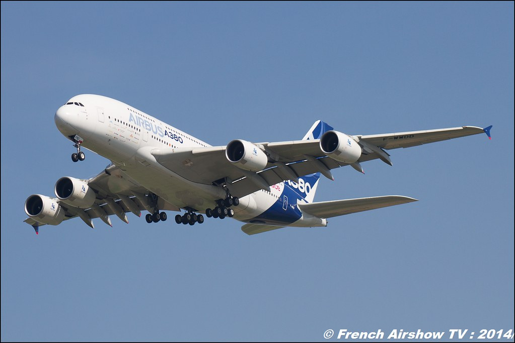 A-380 Airbus AIR14 Payerne 2014 Canon Sigma France contemporary lens
