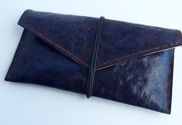 運用真菌皮革製作的長夾。(圖片來源:MycoWorks提供。授權方式:media use)