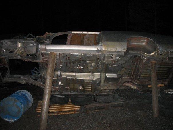 """MikkoV garage:  Charger SRT8 -70,  Manta A 2800S, Camaro RS -70 """"drift"""", W212, Pontiac Tempest jne. 15977949429_43af507b4b_o"""