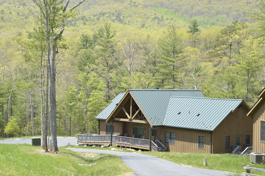 Beard 39 S Mountain Lodge At Douthat State Park Uploaded By