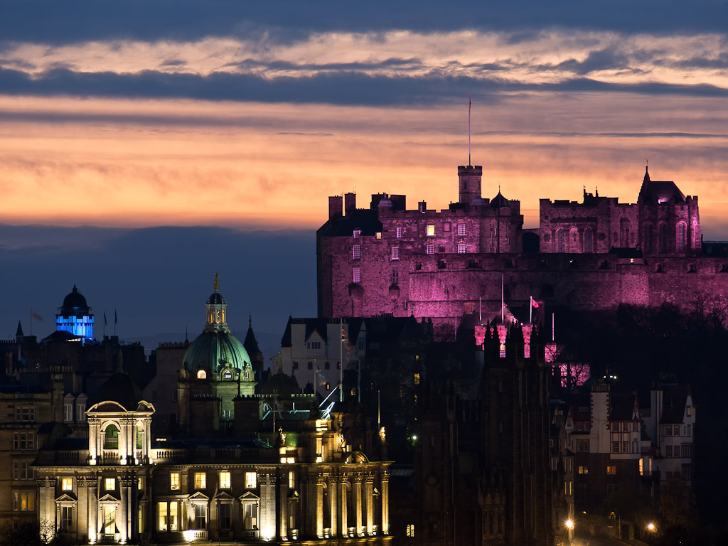 Edinburgh Castle sunset. | mellowmark | Flickr