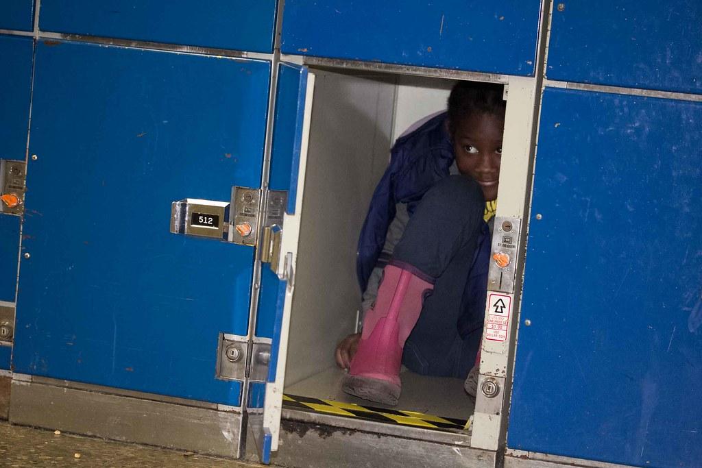 Girl In Locker Ontario Science Centre 2014 15 Toronto Fami