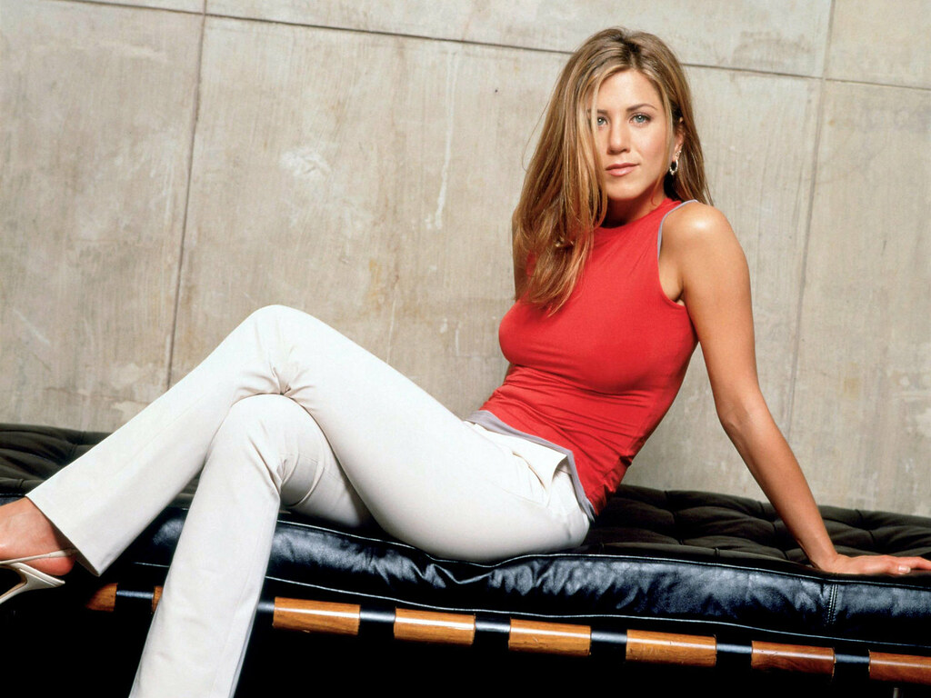 Sexy pictures of jennifer aniston photos 48