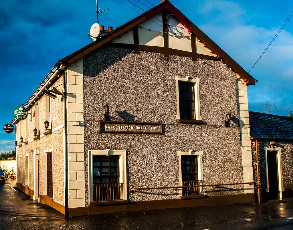 Bars Or Pubs Near  Lavers Circle Delray Beach Fl
