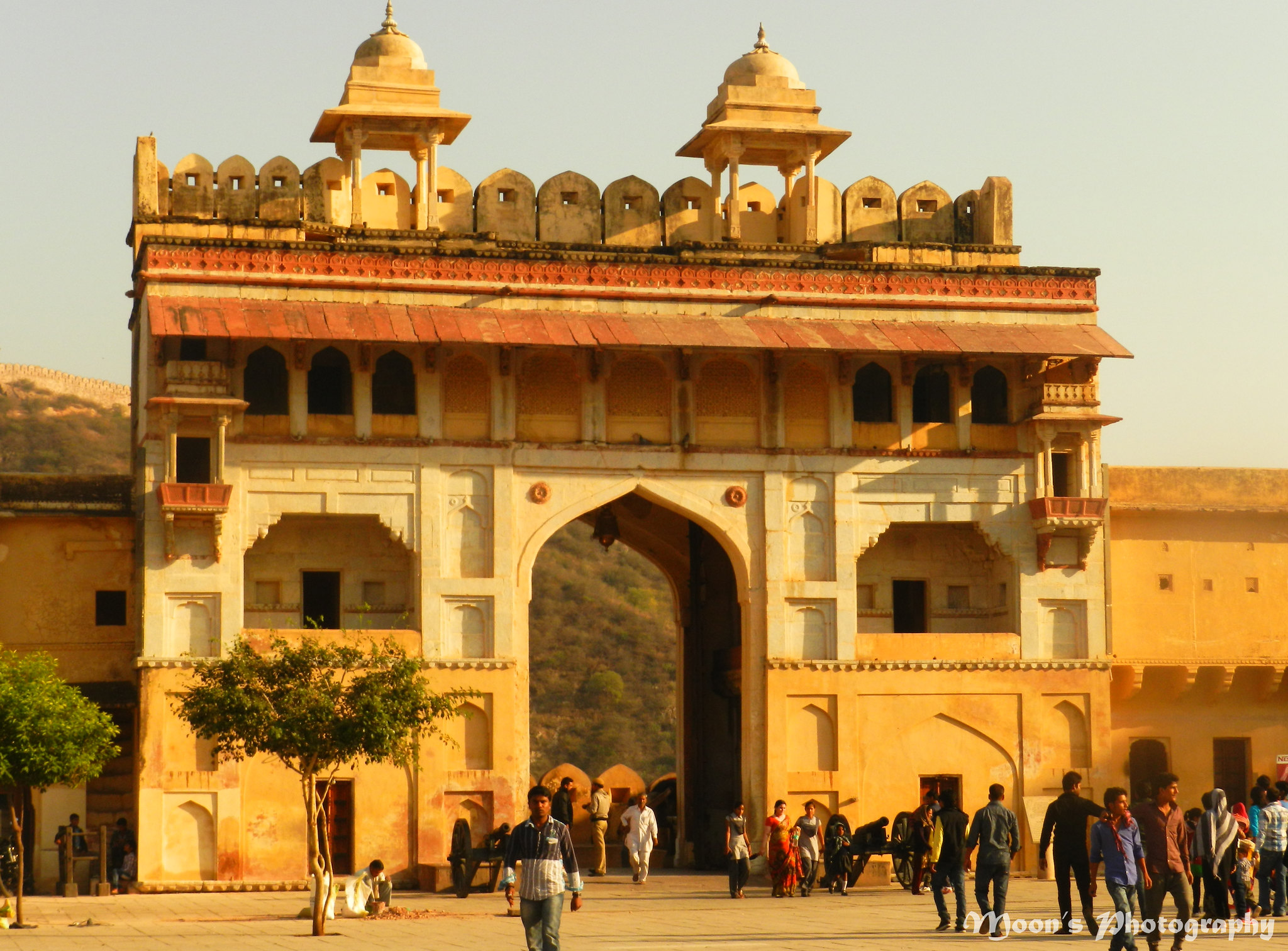 chandra pole, moon gate, amer palace, amer fort, jaipur