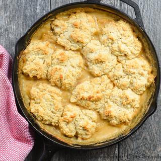 Skillet-Biscuits-Sausage-Gravy-Casserole.jpg