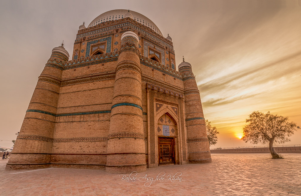 Shrine Of Shah Rukn-e-Alam, Multan, Pakistan | By Babar Asghar [1024x668]
