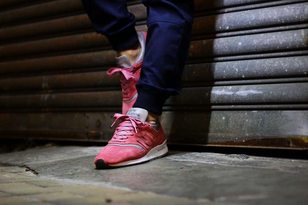 new balance rose on feet