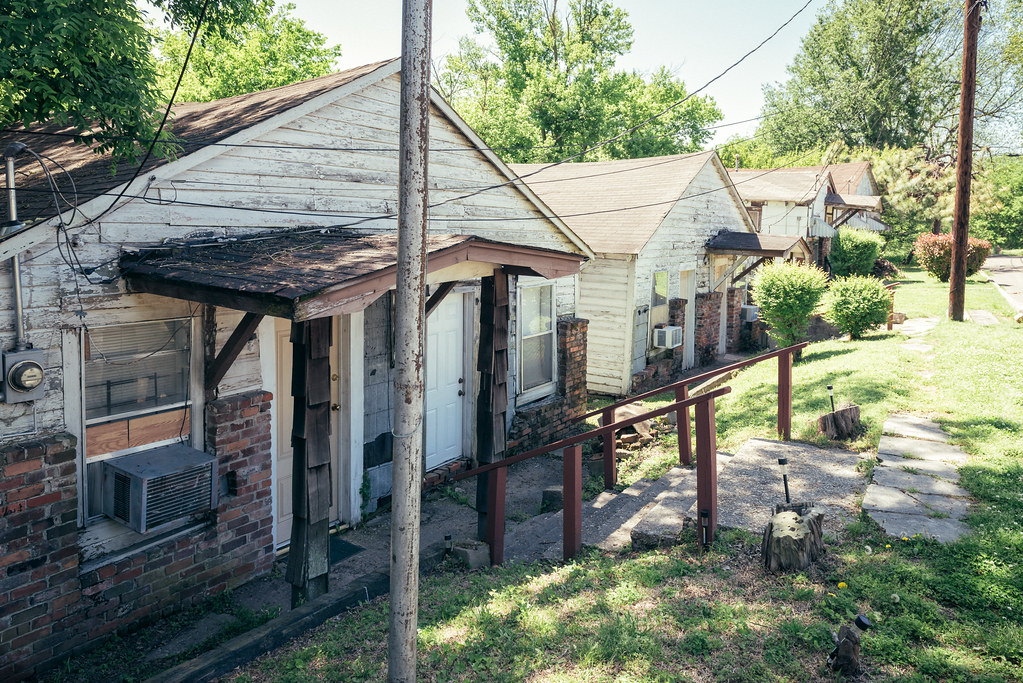 Riverside Hotel (Clarksdale, Mississippi) - cabins, Riverside Hotel, 615 Sunflower Ave, Clarksdale, MS, USA ...