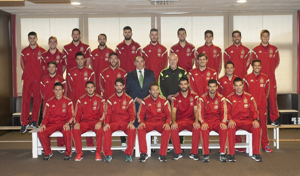 Hilo de la selección de España (selección española) 15595009380_3017cfc7c6_b