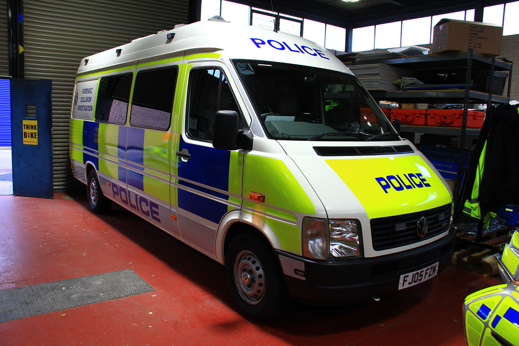 Leicestershire Police Volkswagen Crafter Forensic Collisio… | Flickr