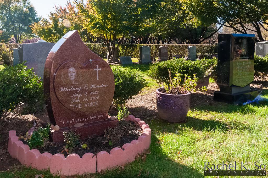 final resting place of whitney houston alongside michael