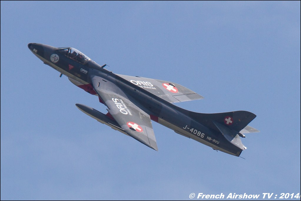 Patrouille Suisse & Hunter Mk. 58 HB-RVU AIR14 Payerne 2014 Canon Sigma France contemporary lens