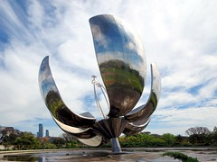 Flowers of steel at Floralis Generica - Things to do in Buenos Aires