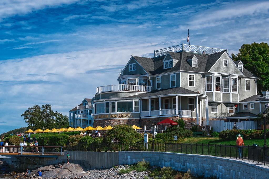 bar harbor inn bar harbor maine located harborside in. Black Bedroom Furniture Sets. Home Design Ideas