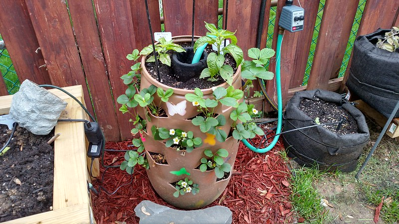 Garden Tower Project 26558344840_fcc6ab3512_c