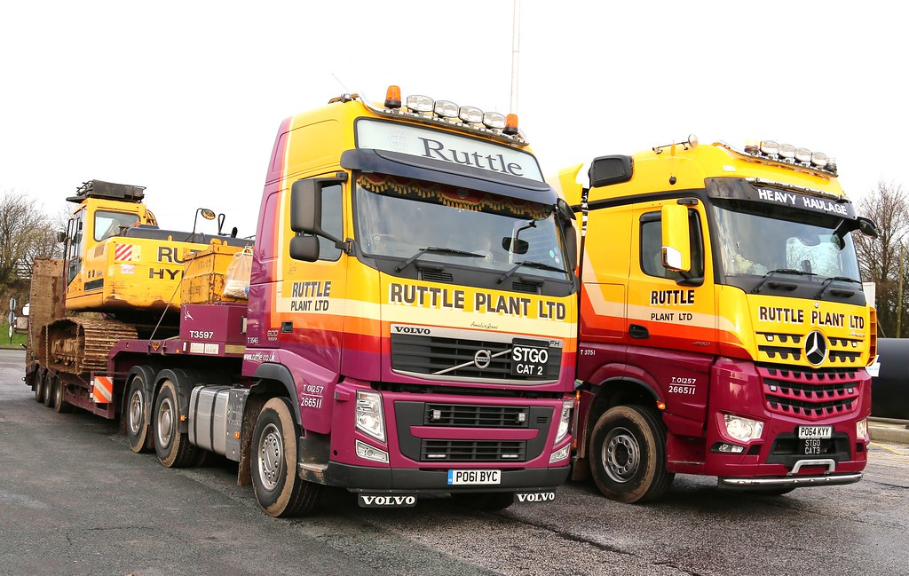 Ruttle plant heavey haulage volvo cat2 mercedes cat3 fra for Mercedes benz plant salary