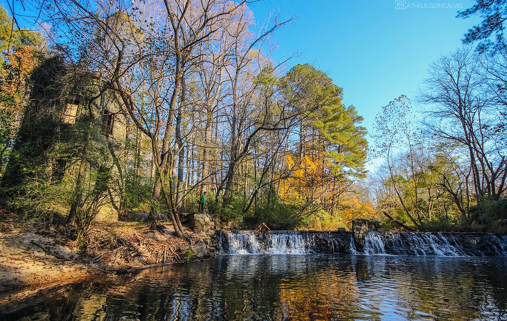 Lullwater park ga matheus gon alves flickr for Lull water