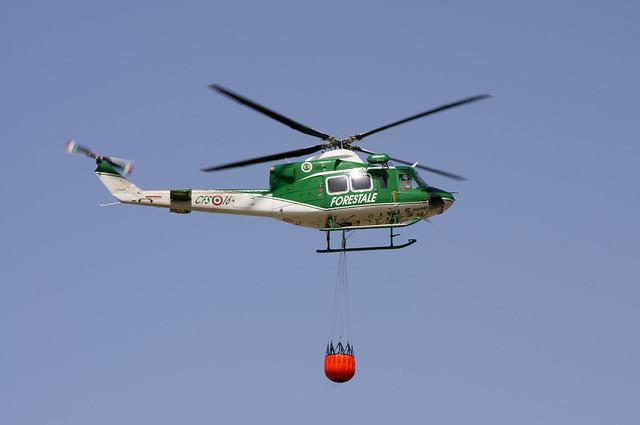 Elicottero Verde : Elicottero forestale flickr photo sharing