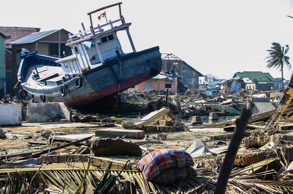 Weekly reader asian tsunami