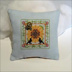 Sunny Summer, Happy Garden pillow