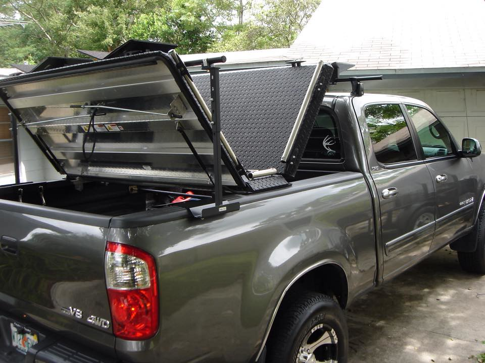 A Heavy Duty Cover On A Toyota Tundra A Diamondback Hd